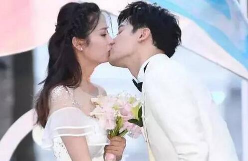 颖儿大婚邀请刘恺威,杨幂8字回应震惊
